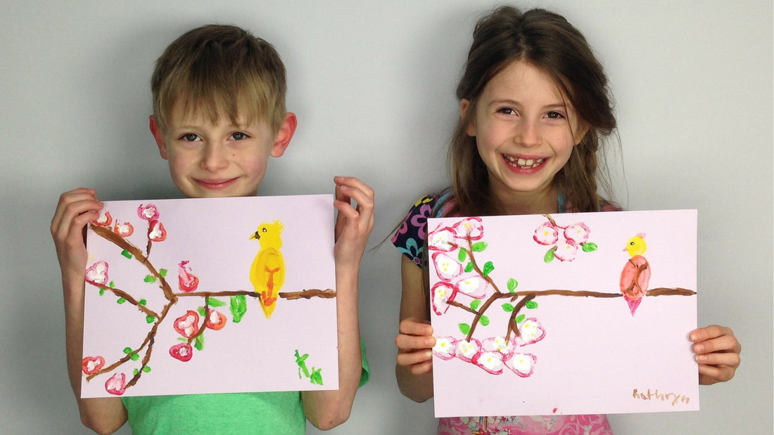 kids sharing their artwork ©createfulart